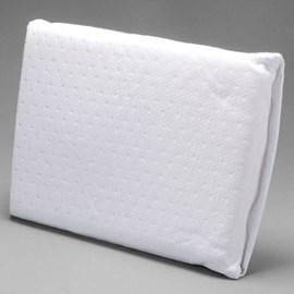 Travesseiro para bebê antissufocante favinhos lavável fibrasca